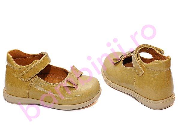 Pantofi fete piele 241 bej lac