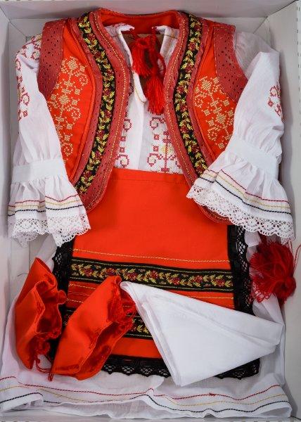 Costum traditional de botez fete celebrity 5163 rosu 3-9luni