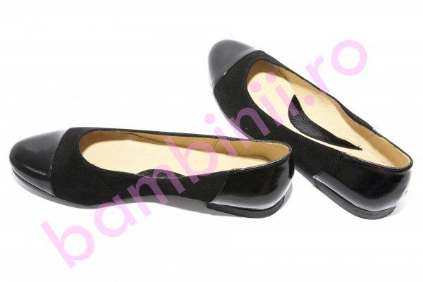 Pantofi balerini fete piele intoarsa 26 negru lac 34-41