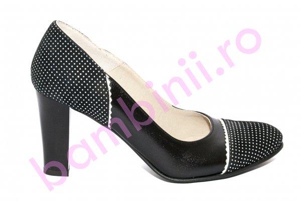 Pantofi cu toc dama 952b negru 34-40