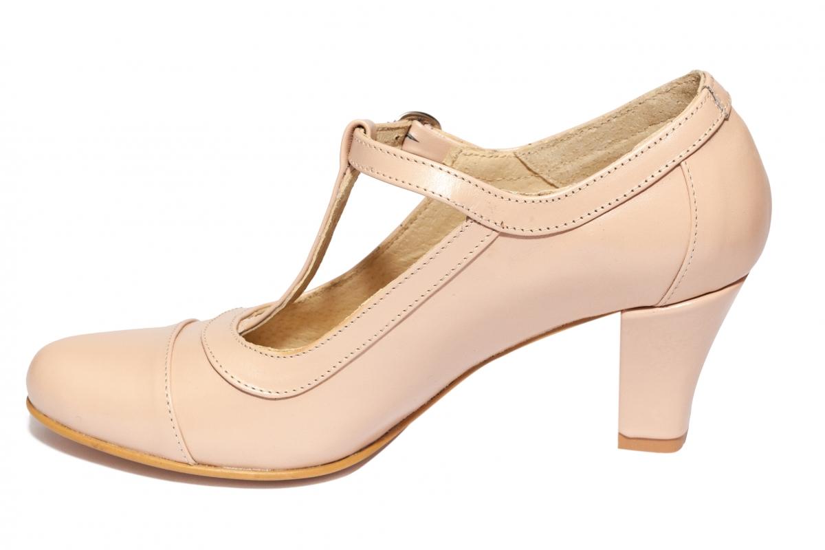 Pantofi cu toc femei 827 bej 34-40