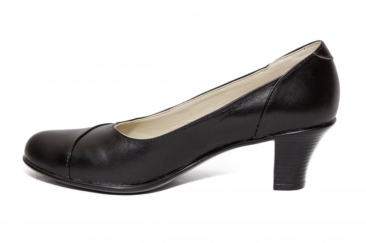 Pantofi dama cu toc 511 negru 34-41