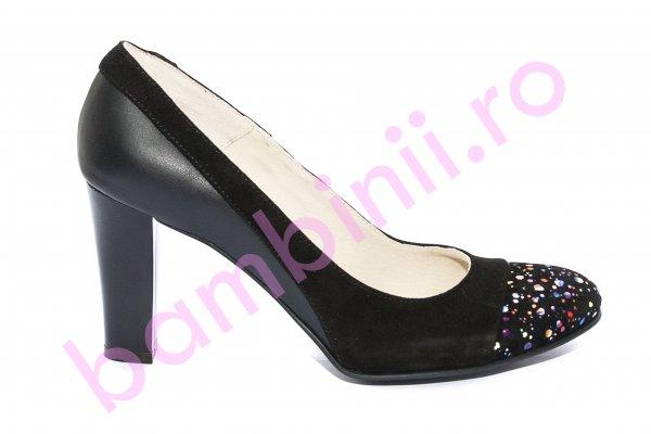 Pantofi dama cu toc 952.1 negru multicolor 34-40