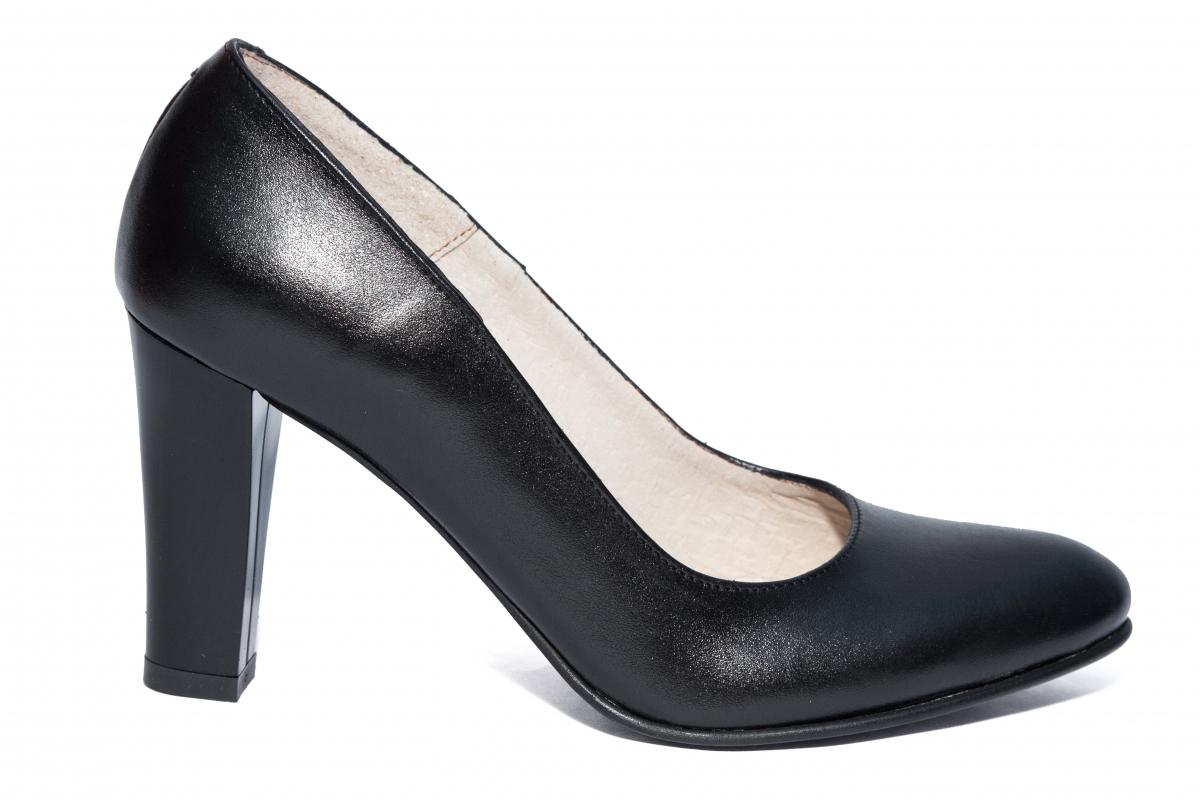 Pantofi dama cu toc 952 negru 34-40