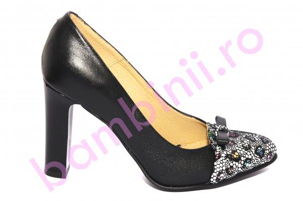 Pantofi dama cu toc gros 040.4 negru fundita 34-41