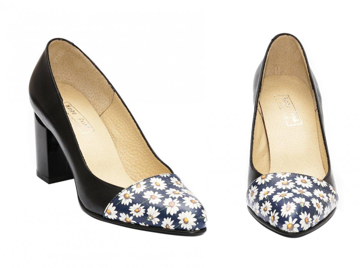 Pantofi dama cu toc hape 544 negru flori 34-40