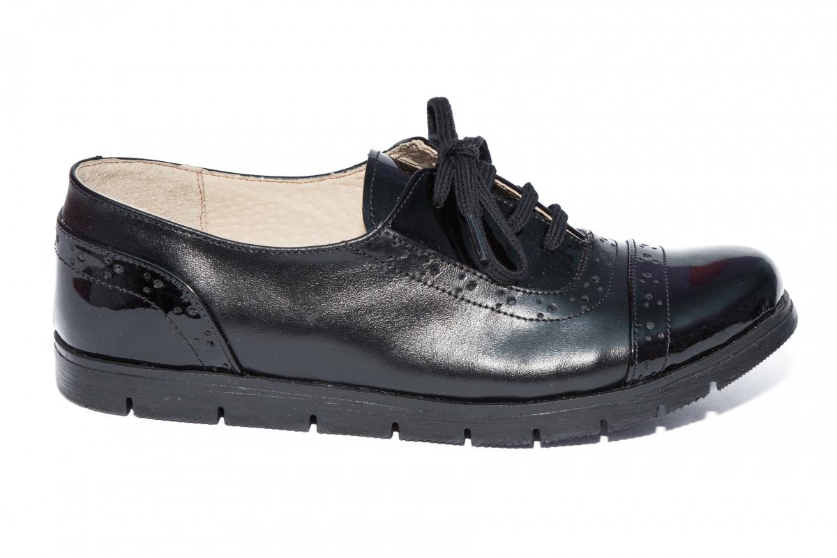 Pantofi fete din piele TS 026s1 negru lac 34-41