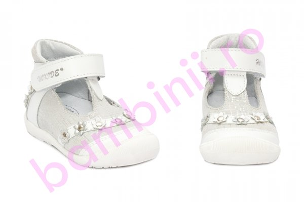 Pantofi fete hokide inalt pe glezna 307 alb 17-24