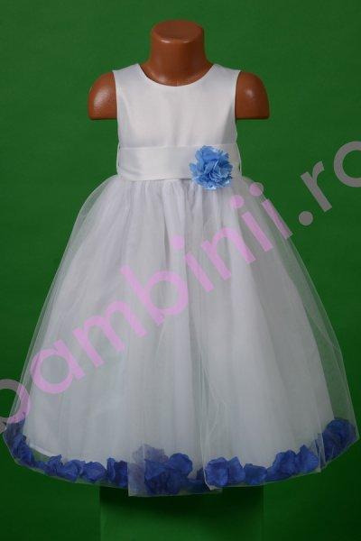 Rochie fete de ocazie alba cu floare si petale albastre 1376