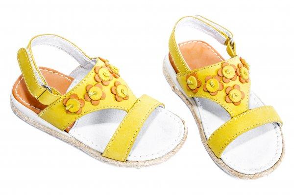 Sandale fete 1357 galben
