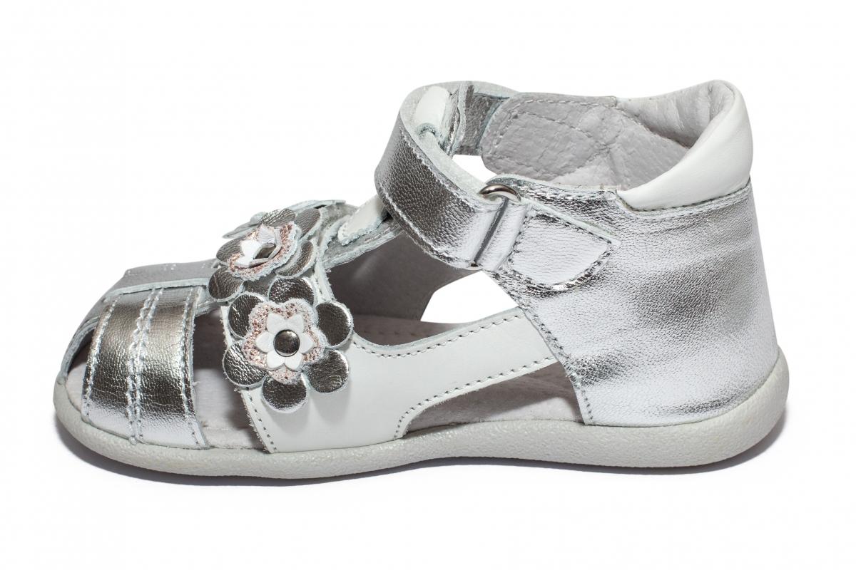 Sandalute fete hokide picior lat 405 argintiu alb 18-25
