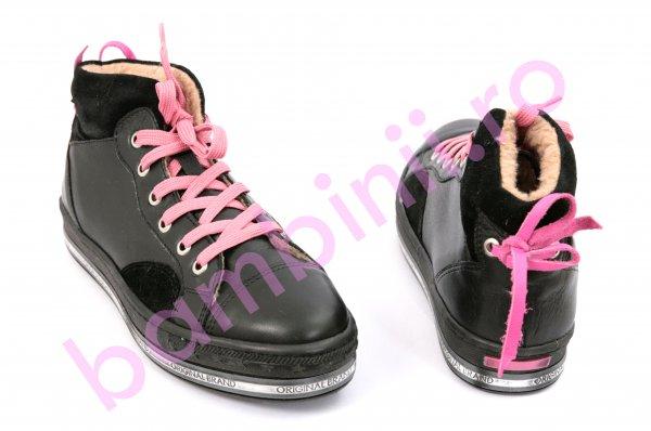 Ghete fete cu blana 333 negru roz