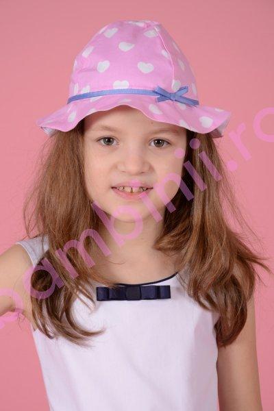 Palarie fete 303 roz cu inimioare albe