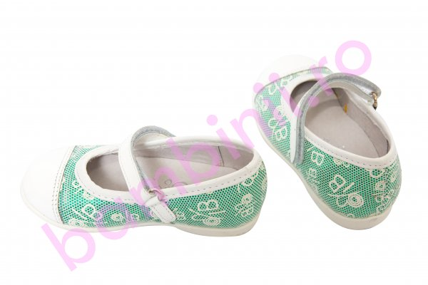 Pantofi fete hokide 304 alb vernil 22-27