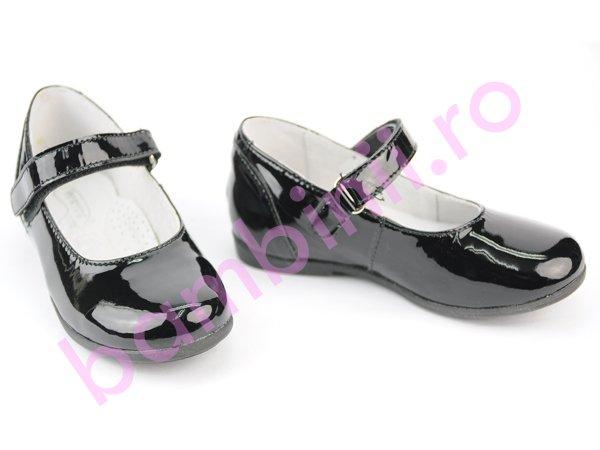 Pantofi fete hokide 272 negru lac
