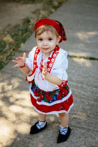 Costum traditional fete 3luni-7ani