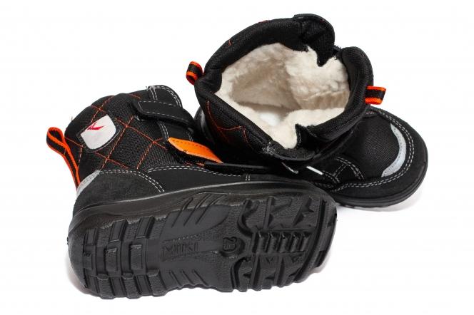 Ghete copii impermeabile cu blana GT tex 95113 negru orange 26-37