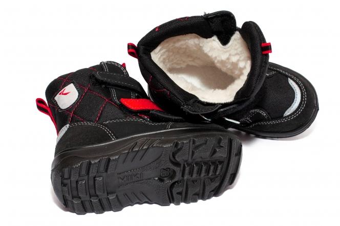 Ghete copii impermeabile cu blana GT tex 95113 negru red 26-37
